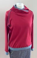 Shirt Langarm Kapuze Rot-blaue Paspeln